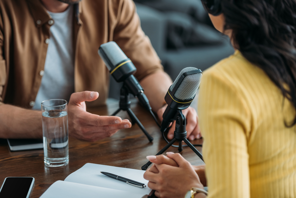 business-podcast-car-dealerships talking with a guest