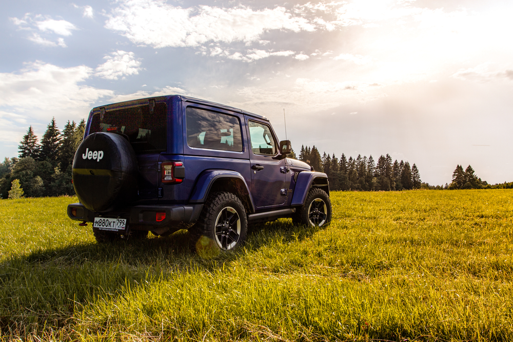 cars-for-college-students jeep wrangler
